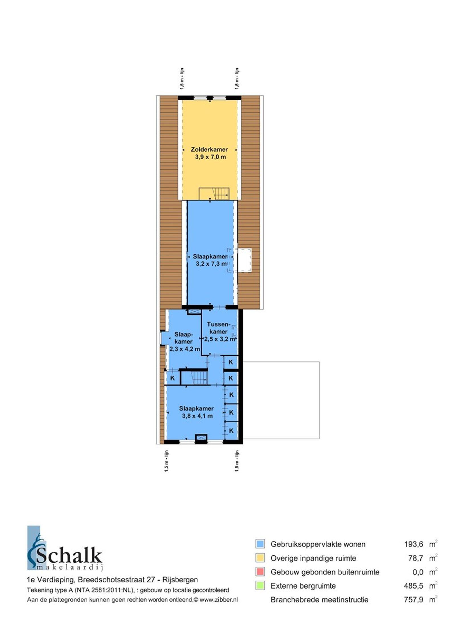 -Daar het object een agrarische bestemming heeft, is het mogelijk om middels een planologische procedure de huidige agrarische bestemming te wijzigen in een woonbestemming. Wel dient hierbij rekening te worden gehouden, dat aan de hiervoor geldende voorwaarden voldaan dient te worden-.    Op een rustige en landelijke locatie, op een perceel van circa 5.000 m², staat deze goed onderhouden woonboerderij met diverse bijgebouwen. Alle dorpsvoorzieningen zoals winkels, scholen, openbaar vervoer (bushalte) - horecagelegenheden zijn binnen enkele autominuten bereikbaar. Eveneens natuurgebied -AA of Weerijs- met haar mooie wandelpaden.   De woning met fraaie luiken aan de voorzijde, heeft een royale living met gashaard en schuifpui naar de achtertuin, een nette keuken, kelder, praktische bijkeuken, kantoor-/slaapkamer, badkamer, aparte toiletruimte en een achter entree. De eerste verdieping heeft 3 slaapkamers en een ruime kamer  die de mogelijkheid biedt tot het creeren van meerdere (slaap)kamers.   De diepe achtertuin beschikt over een overkapping, diverse terrassen en gazon waardoor u in alle rust en ruimte kunt genieten van het buitenleven!   Het behoort tot de mogelijkheden om extra grond (2.45.65 ha) aan te kopen.   BEGANE GROND Voorentree/hal met toegang tot de keuken en vaste trap naar de eerste verdieping.  Afwerking- vloerbedekking en houten wanden.   Nette keuken opgesteld in twee rechte delen, uitgerust met een granieten aanrechtblad, 1 spoelbak,  5 pits gaskookplaat, koelkast, combi– oven, vaatwasser en RVS afzuigkap. De ruimte geeft toegang tot de woonkamer, bijkeuken, achtertuin en kelder. Tevens is er een krachtstroom voorziening aanwezig voor (eventueel) elektrisch koken.   Afwerking- tegelvloer, stucwerk wanden en een stucwerk plafond met sierlijst en spotverlichting.  Meterkast-  12 groepen, aardlekschakelaar en krachtstroomgroep.  Een lichte en royale living met gashaard, schuifpui naar de achtertuin en elektrisch bedienbare rolluiken.  Afwerking- eiken 